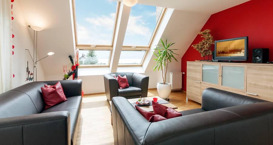 ferienwohnungen berger in hagnau. Black Bedroom Furniture Sets. Home Design Ideas