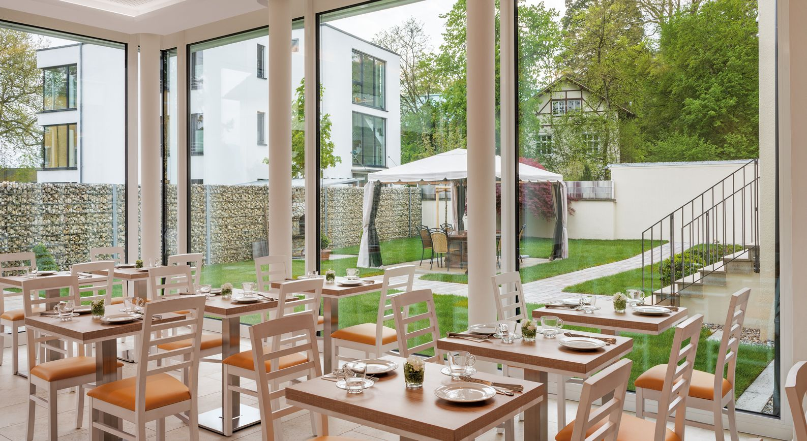 Hotel und pension seereich in lindau for Designhotel bodensee
